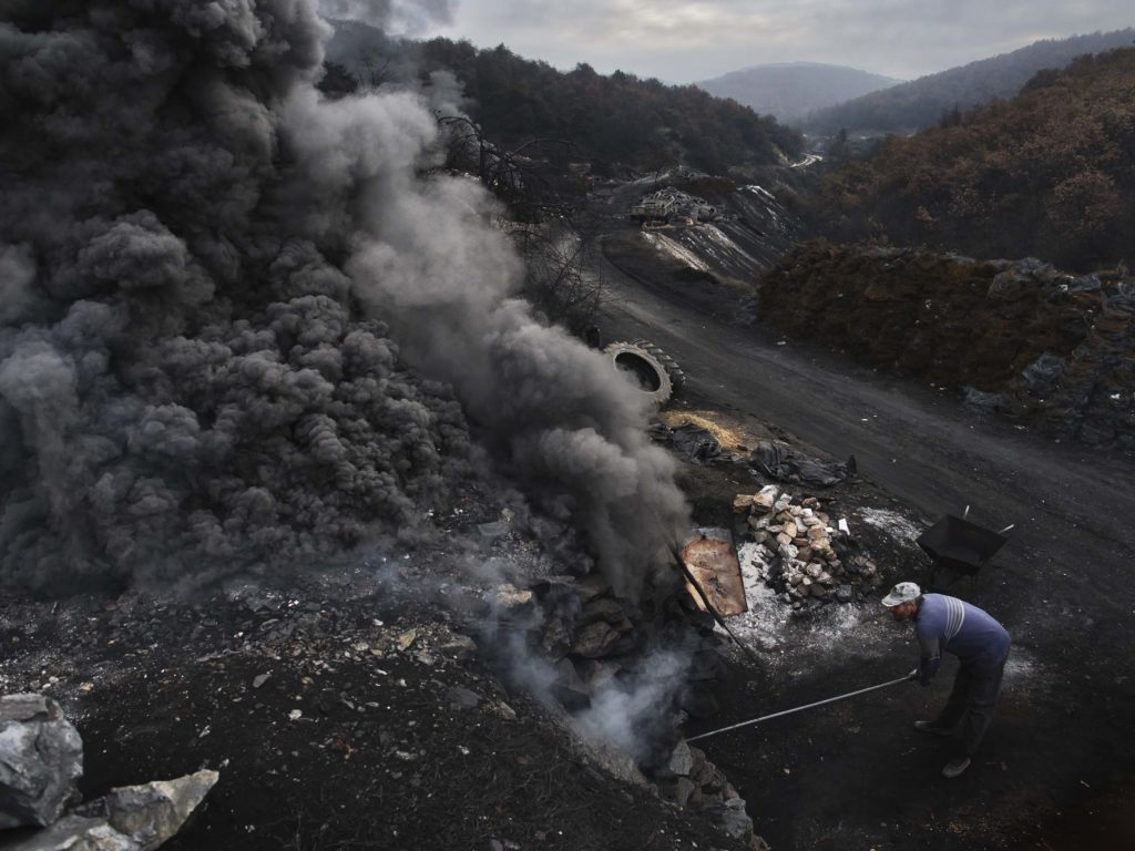 In the Ancient Valleys of Macedonia, a Pall of Air Pollution